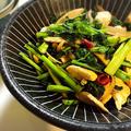 かき菜と鶏胸肉のニンニク醤油炒め