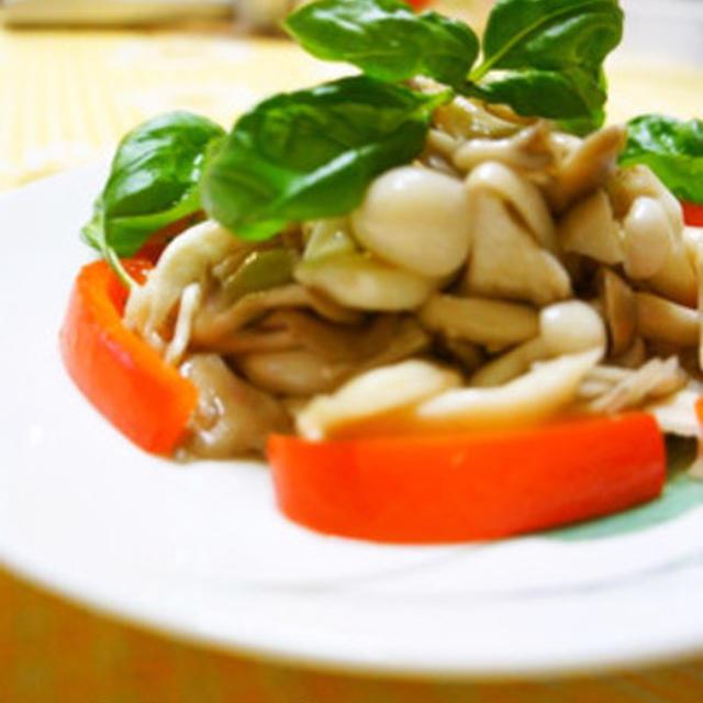 便利な常備菜♪いろいろきのこの簡単マリネ