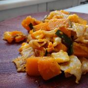 味付けは塩のみ!かぼちゃと豚バラ肉とチーズのホットサラダ by MIKAさん