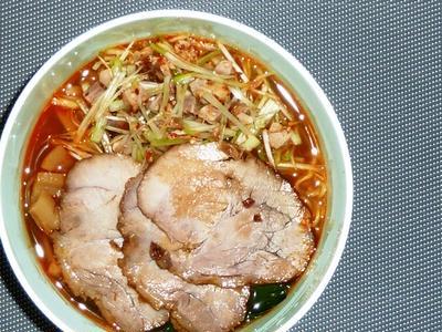 """豚ブロック肉の""""焼いてからの醤油煮""""は""""煮豚""""と呼ぶのがみかんちのオキテ^^;"""
