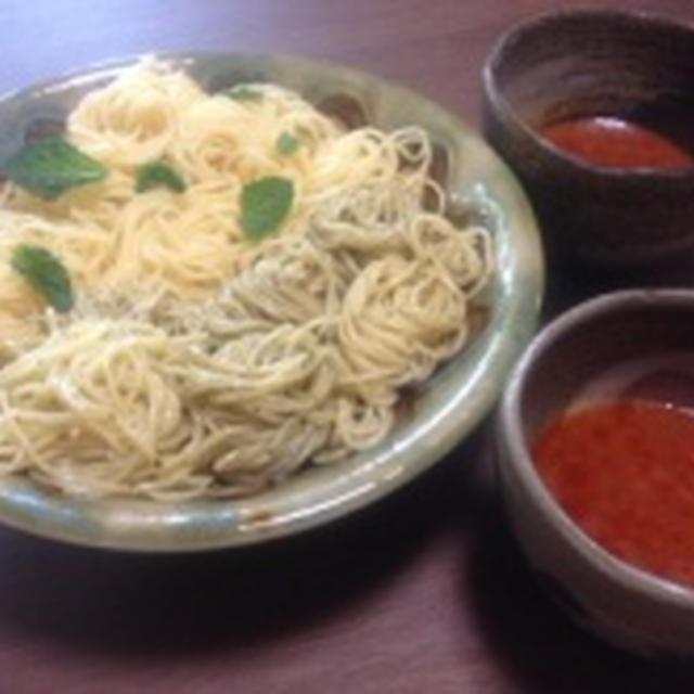 完熟コンソメ仕立てを使って、つけスパゲティー