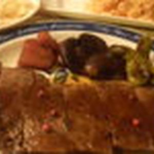 特製サーロインステーキ~GABANのピンクペパーを使用