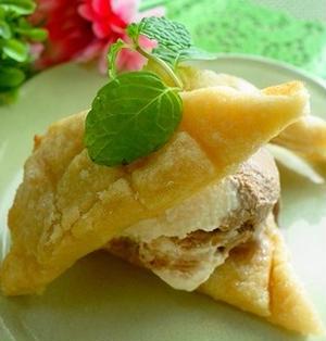メロンパンアイス☆話題のパンをトーストでアレンジ
