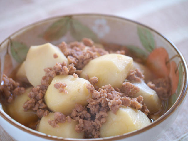 圧力鍋でサトイモのそぼろ煮