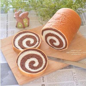 丁寧に巻き込んで♪アレンジ自在の「#ぐるぐるパン」に挑戦!