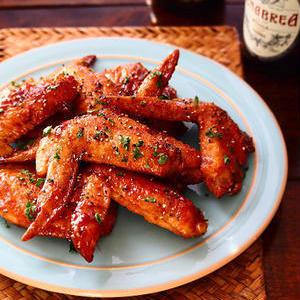 ご飯にもお酒にもぴったり!鶏肉×黒胡椒のスパイシーレシピ