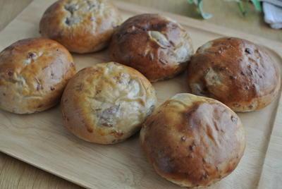 北海道産金時豆と甘納豆で豆パン♪~甘いパンが食べたくなったら~