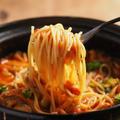 トマト鍋のシメに水戻しパスタがおすすめ! 手羽元とブロッコリーのトマト鍋
