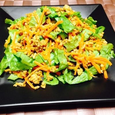 余ったサンチュで簡単サラダレシピ!意外な組み合わせで有効活用