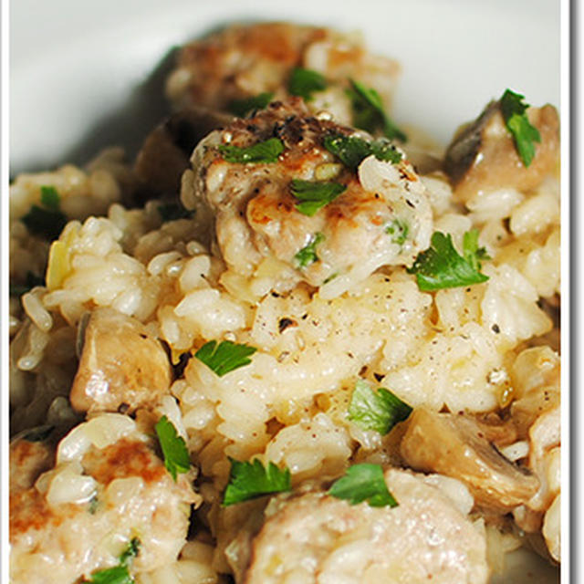 イタリア版ポトフ、ボッリートミストのスープを使った鶏ミンチとマッシュルームを使ったリゾット