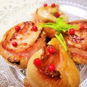 簡単美味♡豚薄切り肉とベーコンのクルクル巻き