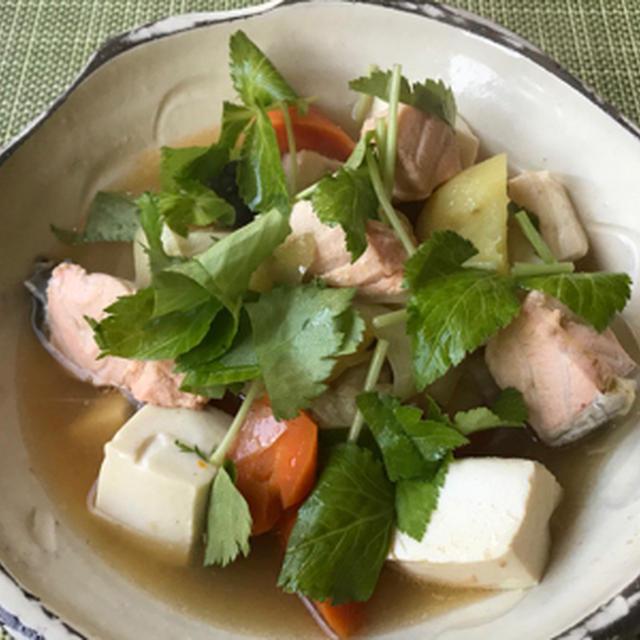 鮭と豆腐の和風シチュー