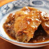 【簡単レシピ】鍋で煮るだけ!鳥手羽の梅煮