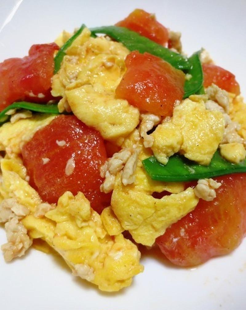 彩りばっちり♪「トマトと卵の炒め料理」レシピ