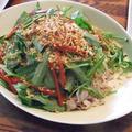 ベトナム風空芯菜と豚肉の冷麺