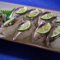 徳島郷土料理をお手軽に!偽姿寿司/幼少期ジンベエキャラ弁