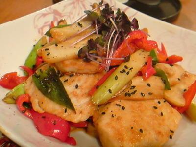 マンボウと夏野菜の甘辛炒め。