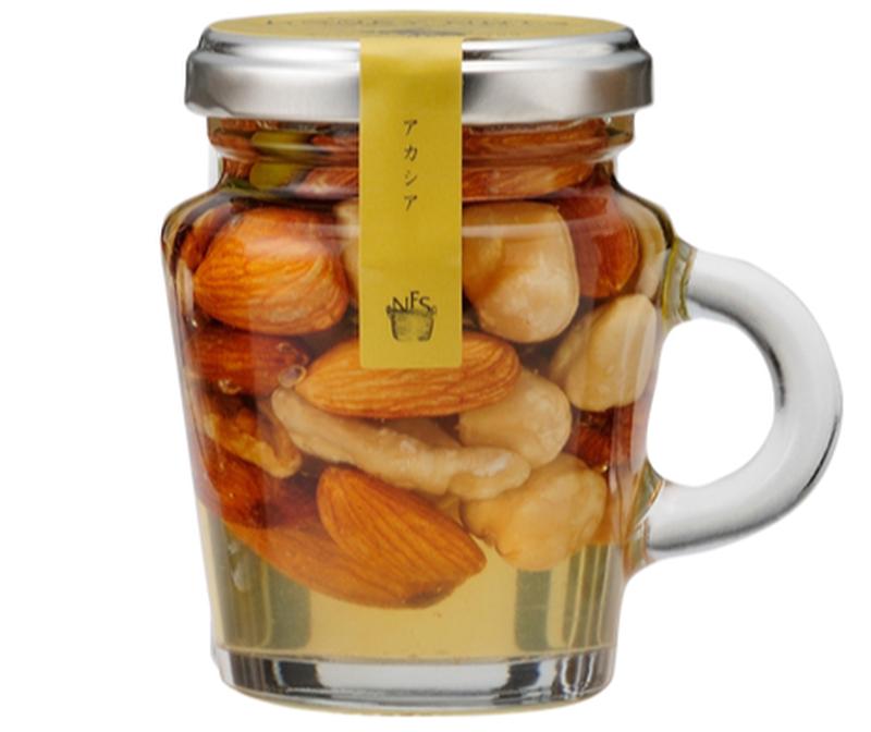 アーモンド、くるみ、ヘーゼルナッツ、ピスタチオなど栄養価の高いミックスナッツを、たっぷりの北海道産の...