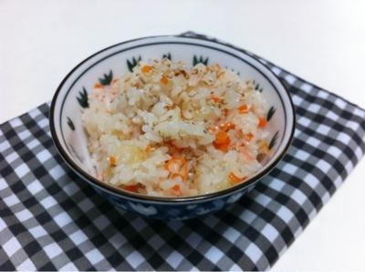 自家製梅酢の炊き込みご飯