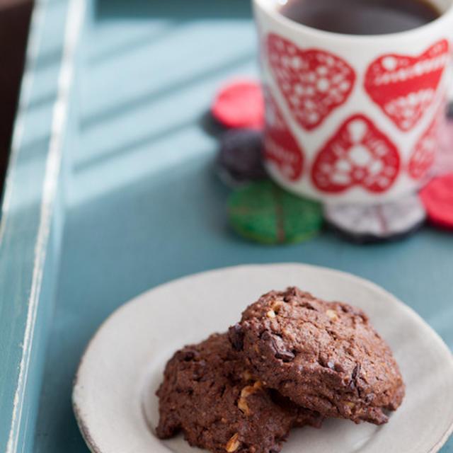 チョコレートのクッキー & ハートのお弁当