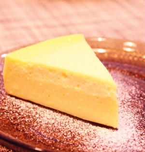スライスチーズとヨーグルとの二層ケーキ