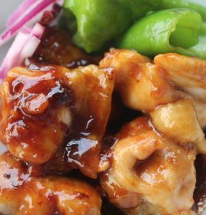 味噌とウスターソースのハーモニーde☆鶏もも肉のこってりと照り焼き♪