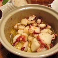 タコと長芋のアヒージョ