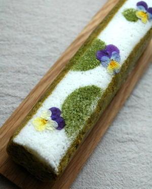 ふわっとした食感と優しい甘みが特徴の、鹿児島の伝統菓子「ふくれ菓子」。有機緑茶や、白いんげん豆「手亡...