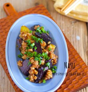 超簡単♡ご飯もお酒もすすむ!!『なすとひき肉のオイスター味噌炒め』