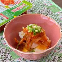 【簡単レシピ】すぐでき!おつまみ♡ゆでたまごのキムチのっけ