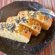 ホットケーキミックスでお菓子「メープル風味のさつまいもパウンドケーキ」