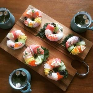 海外で大流行⇒逆輸入「#寿司ドーナツ」がじわじわ来てる