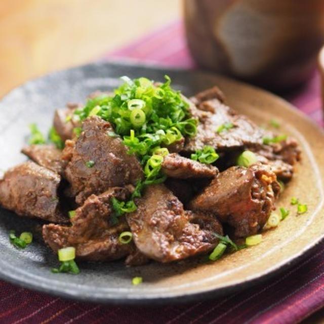鶏レバーのタバスコマヨネーズ焼き 、 タバスコ、マヨネーズ効果で鶏レバーが柔らか!