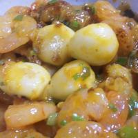 ホッコリにんにく&リンゴ皮入りのエビチリ        (キッチン ラボ)