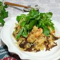 これ1本でエスニックの味!和の食材でトムヤムクン炒め♪