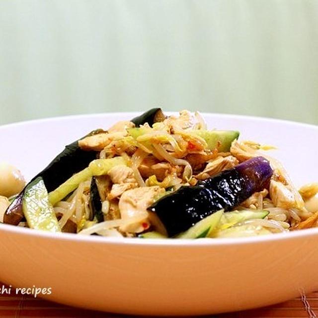 茄子とささみ肉のピリッと中華サラダ&「変な食卓になってしまいました~(汗)」