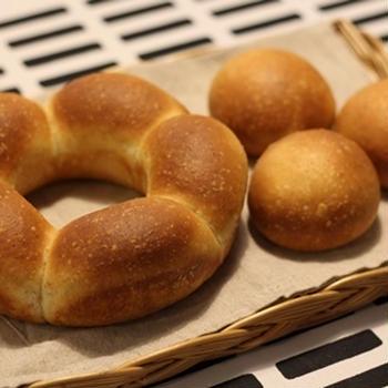 ココナッツオイル入りの冷蔵発酵パン