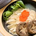 浜鍋つゆで海鮮すりみ餃子鍋