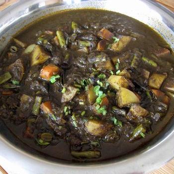 14日『ヤミーズディッシュ』料理教室で「南インド風ナスの黒ゴママサラ」