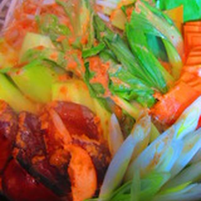 「蒸し野菜の胡麻ソース添え」