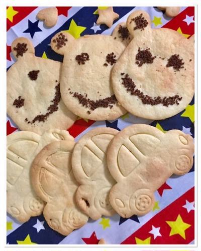 子供の喜ぶサクサク型抜きクッキー〜欲しかったダウンコートゲット♪♬