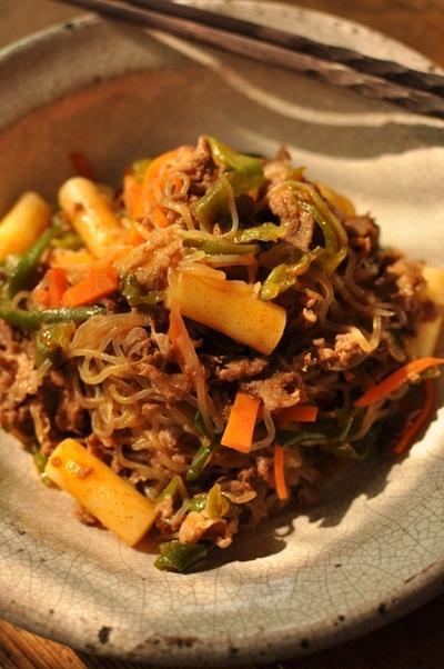 牛肉・しらたき(糸コン)の炒め物 トッポッキ入り