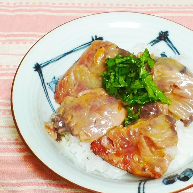 カツオのオリーブオイル漬け丼