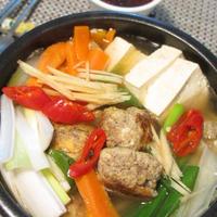 ★韓国式豆腐肉団子鍋(두부완자찌개)。