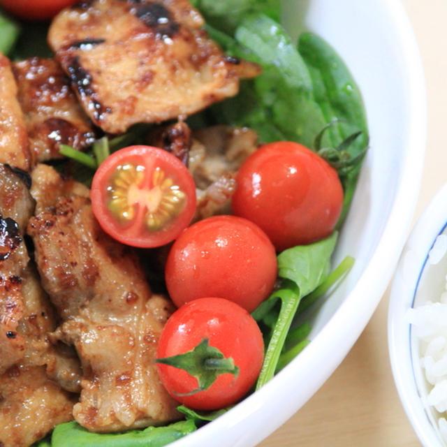 有機ノンオイルドレッシングで豚の生姜焼きサラダ
