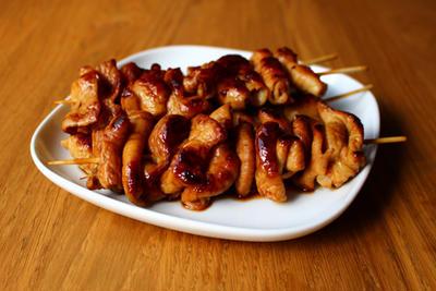 豚モツの串焼き