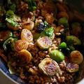 芽キャベツとペコロスのファッロサラダ