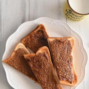 ちょっぴり懐かしい味わい♪「きな粉トースト」で手軽に栄養チャージ!