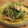 【簡単麺類レシピ】チンジャオロース風あんかけ焼きそば