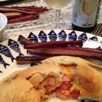 「のんある気分〜白ワインテイスト編」でイタリアの包みピザ「カルツォーネ」。